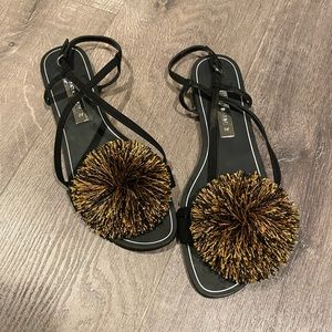 Pom fringe sandals by ZARA 8/39